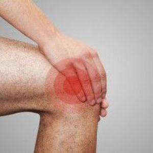 Чим лікувати хрускіт в колінному суглобі