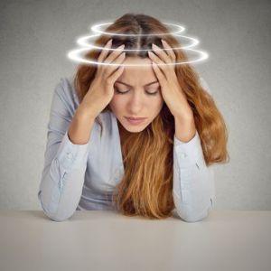Запаморочення і шум у вухах при дистонії - як вирішити проблему?