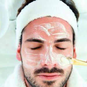 Правильний догляд за чоловічою шкірою