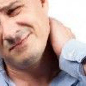 Симптоми початкового етапу і гострого періоду хондроза шийного хребця