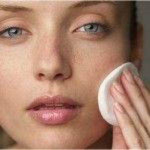 Жирна шкіра обличчя: догляд, маски і крем, відгуки